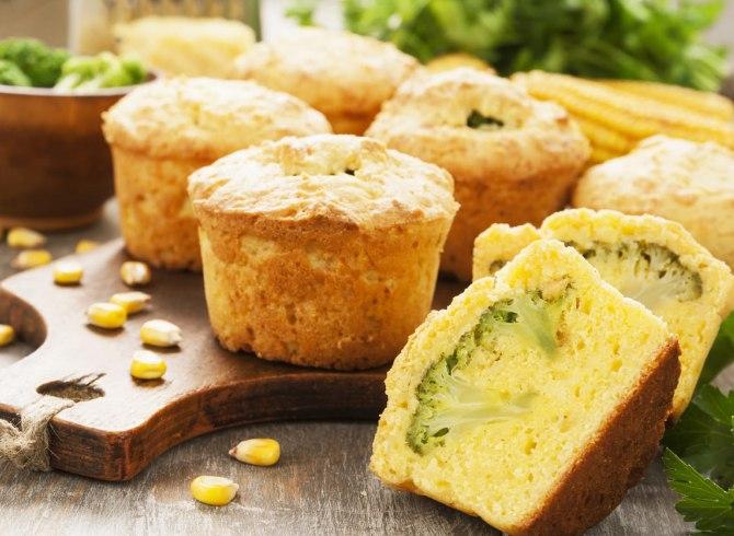 Muffin senza glutine a fettine aperti