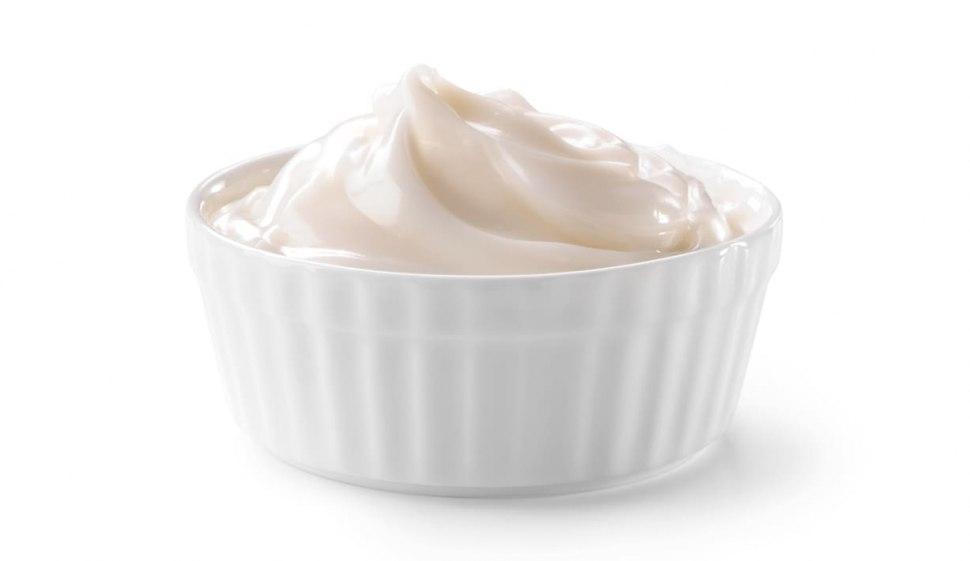 Crema al latte senza uova e senza glutine